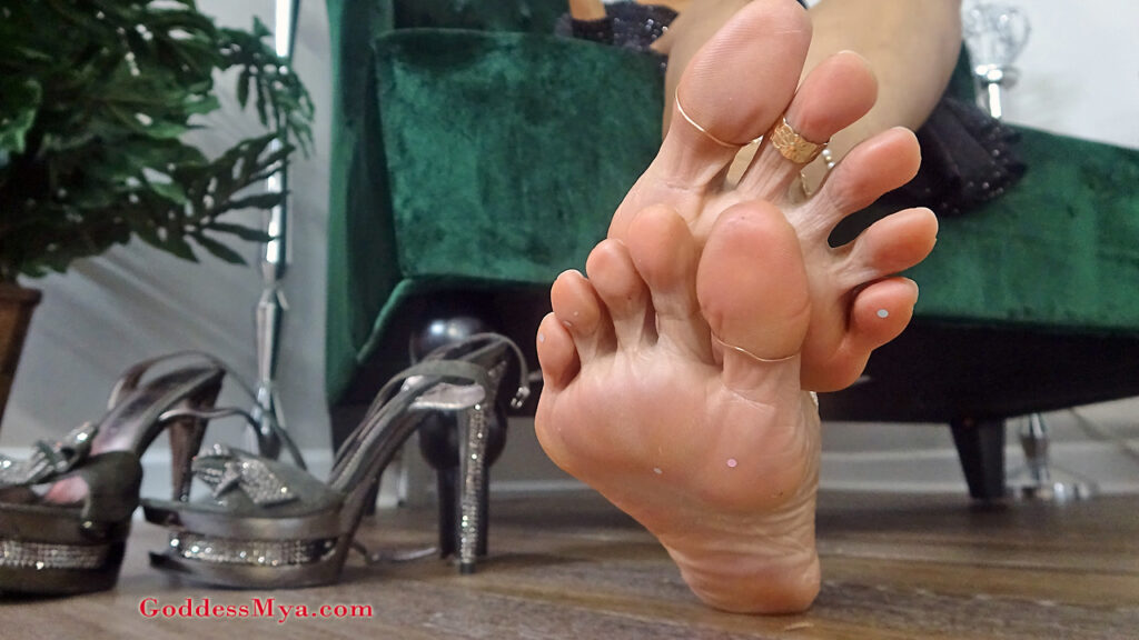 foot worship fetish